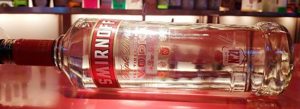 スミノフウォッカ40度。世界4大スピリッツの中で一番ニュートラルな蒸留酒。